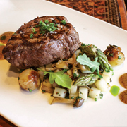 Filet mignon with potatoes, vegetables and maple mustard
